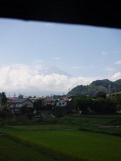 車内から見る富士山.jpg